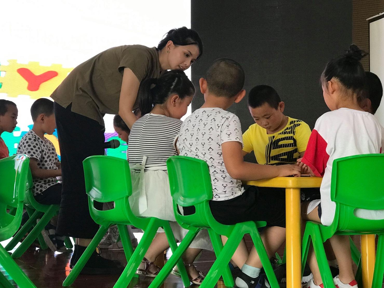 STEAM English─ 有意義的玩樂才能成就快樂的學習
